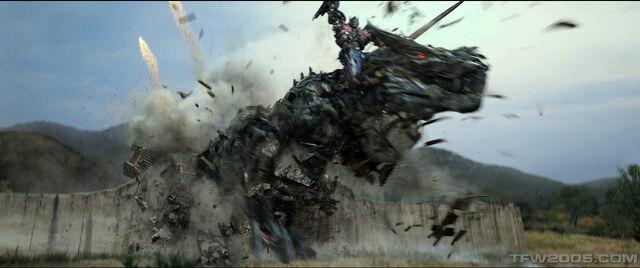 File:Optimus Prime+Grimlock2.jpg