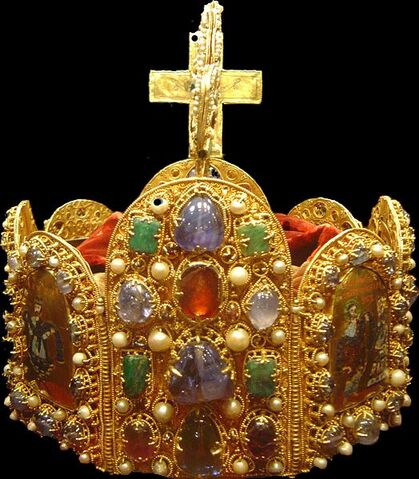 File:524px-Holy Roman Empire crown dsc02909.jpg