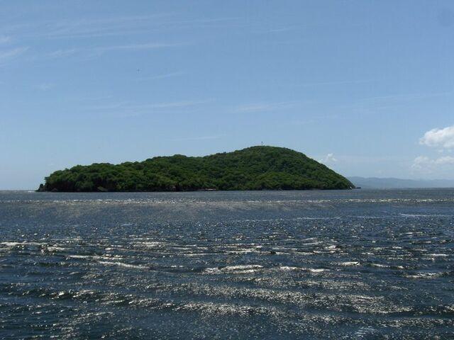File:Isla patos.jpg