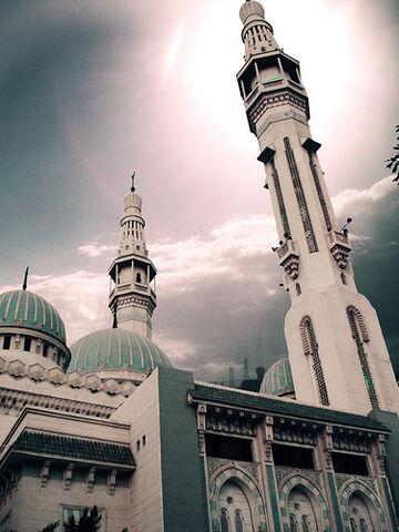 File:Abu Bakr mosque.jpg