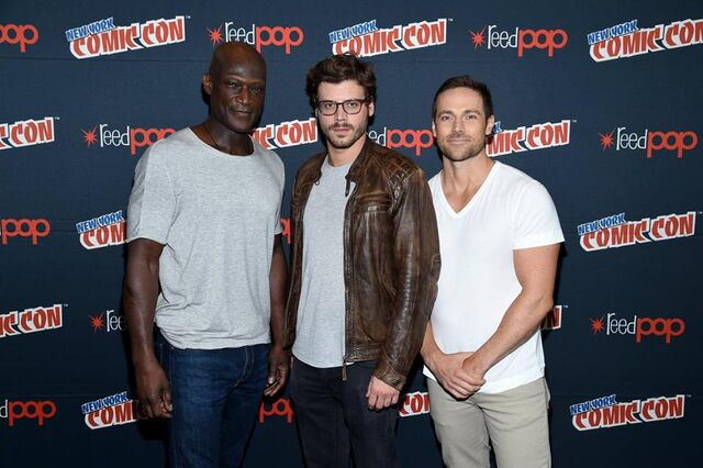 File:Midnight, Texas at New York Comic Con Peter, Dylan and Francois.jpg