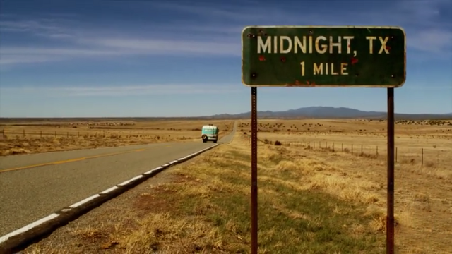 File:Midnight Texas highway sign.png