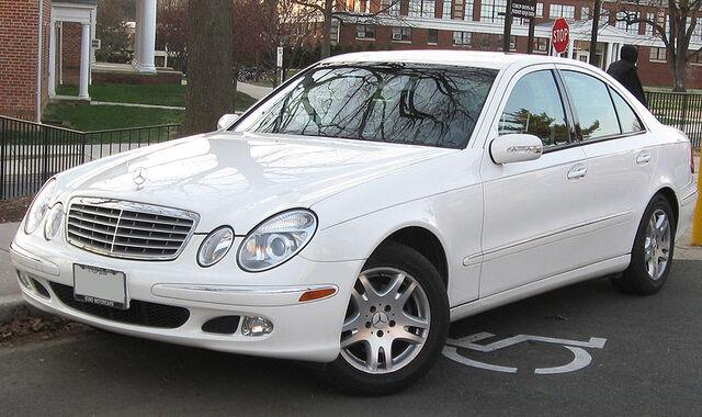 File:800px-Mercedes-Benz E320 2 -- 12-17-2009.jpg