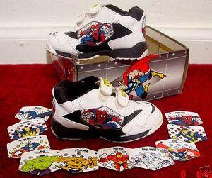Merchandise-tennisshoes-1