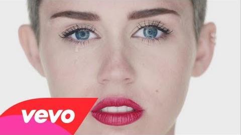 Miley Cyrus - Wrecking Ball-0