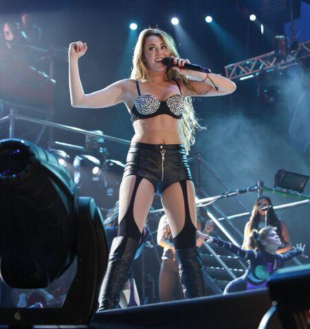 File:Miley Cyrus 42.jpg