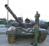 Tenk M-84 (HV)