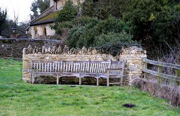 Hillcroft Bench