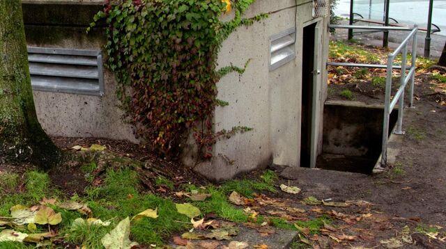 File:Entrance to bunker facility.jpeg