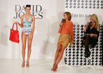 58294 MirandaKerr In Store Fashion Workshop 38 122 1109lo