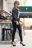Miranda-kerr-at-a-commercial-photoshoot-in-new-york 3