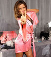 Miranda-kerr-victorias-secret-fashion-show-2012