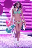 79016 celebrity city Victoria Secrets Models Show 427 123 588lo