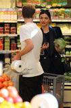 Miranda-Kerr-at-grocery-shopping-in-Malibu--07.jpg.ed3eb5337e0bf8d00adab7bc29e1fdf3