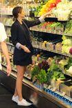 Miranda-kerr-goes-grocery-shopping-in-malibu-4-2-2016-7.jpg.800449b9184370c873598a4a9e0af970