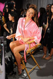 MIRANDA-KERR-in-Backstage-at-the-2012-Victorias-Secret-Fashion-Show-in-New-York-10