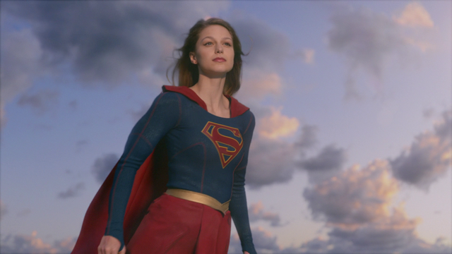 File:Supergirl flying in the sky.png