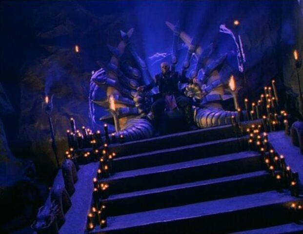 File:Shao Kahn's Throne Room (MK Conquest).jpg