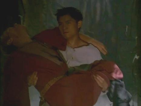 File:Great Kung Lao with Injured Daahraan.png