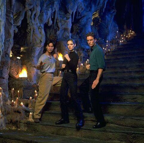 File:Liu Kang, Johnny Cage & Sonya Blade.jpg