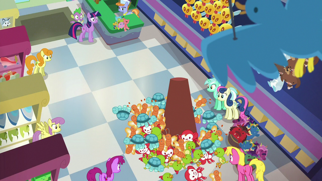 File:Flurry Heart makes a mess of toys in the store S7E3.png
