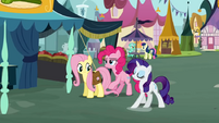 Fluttershy and Pinkie Pie and Rarity at Town Square S2E19