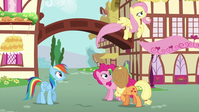 File:Fluttershy flying back to Cloudsdale S6E11.png