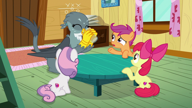 File:Scootaloo asks Gabby why she wants a cutie mark S6E19.png