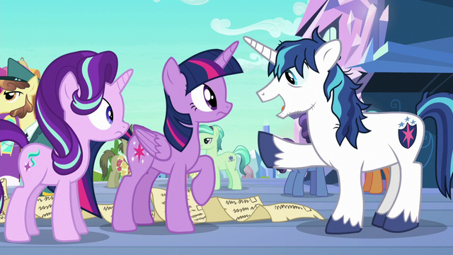 File:Shining Armor happy to see Twilight S6E1.png