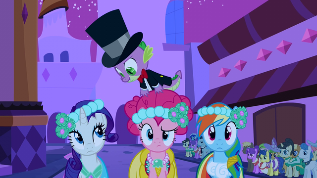 File:Spike sees you S2E26.png
