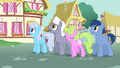 Crowd about to run from the wagon S3E5.png