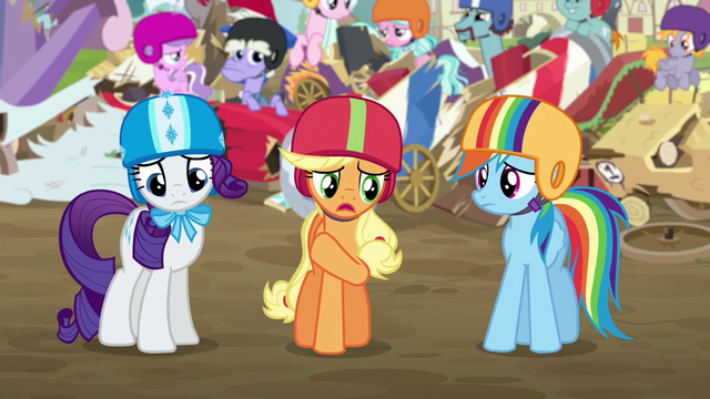 File:Applejack apologizing to the Crusaders S6E14.png