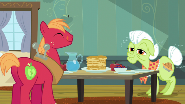 File:Big Mac and Granny Smith at breakfast table S5E4.png