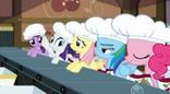 Main 5 ponies ready to pick cherries S02E14