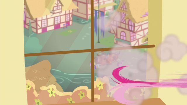 File:Pinkie runs off S5E11.png