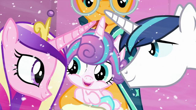 File:Shining Armor and Princess Cadance look at their baby S6E2.png
