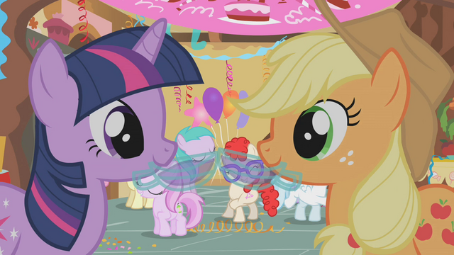 File:Twi and Applejack Punch S1E12.png