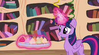 Twilight levitating tray of cupcakes S4E04