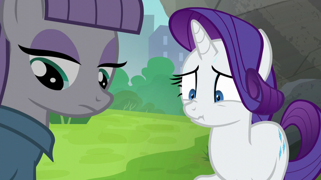 File:Maud Pie looking at her rock pouch S6E3.png