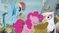 Pinkie accepts Gilda's apology S5E8