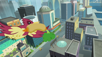 Bird with a hot dog S4E08