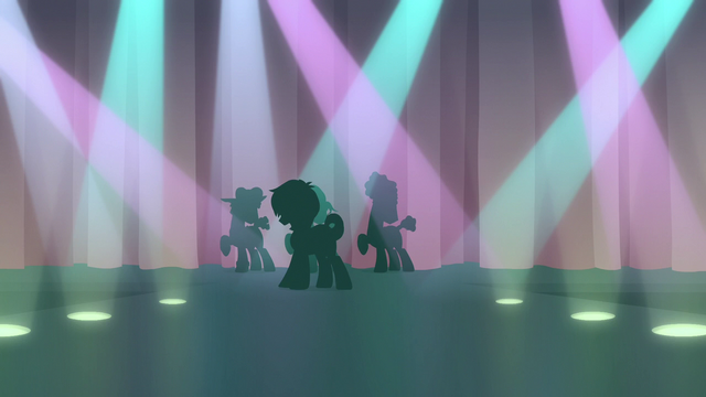 File:Feather and backup dancers' silhouettes on stage S7E8.png