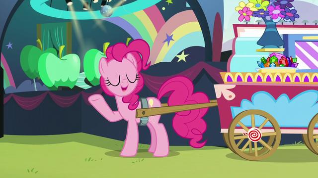 "File:Pinkie ""Demanding!"" S5E24.png"
