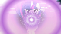 Twilight glowing S4E26
