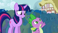 Derpy in the background S1E6