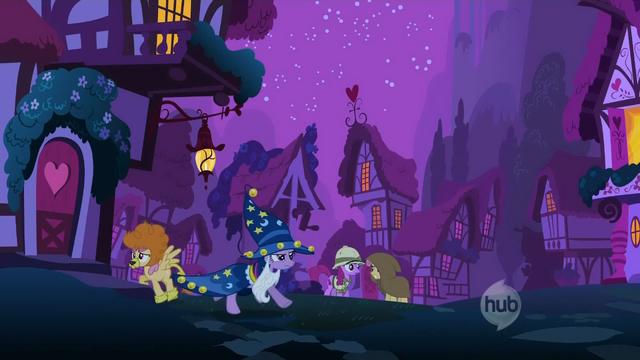 File:Twilight In frame.png