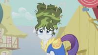 Rarity green hair S01E06