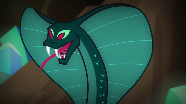 File:Snake attacking S6E13.png
