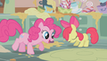 Apple Bloom disappointed by her baking skills S1E12.png