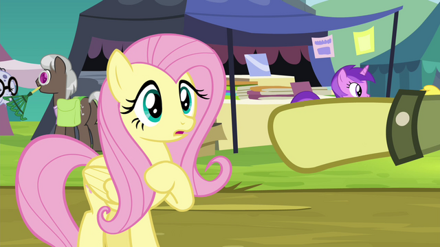 File:Daring Do collector makes Fluttershy part of the trade S4E22.png